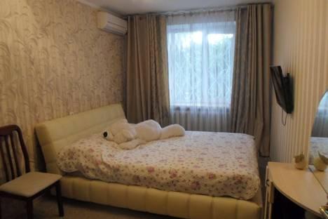 Сдается 3-комнатная квартира посуточно в Судаке, Солнечный д.20.