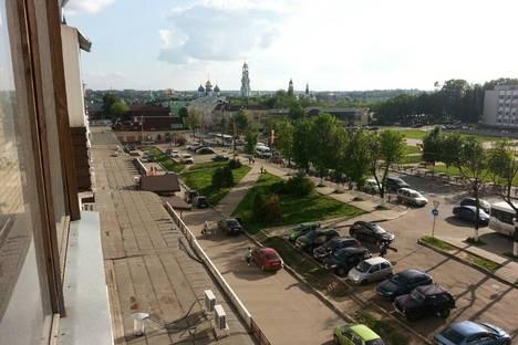 Сдается 2-комнатная квартира посуточно в Сергиевом Посаде, проспект Красной Армии, 180.