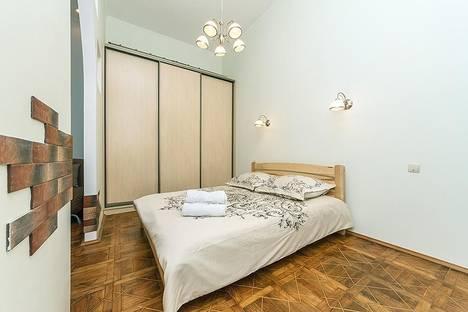 Сдается 2-комнатная квартира посуточнов Броварах, ул.Десятинная 1/3.