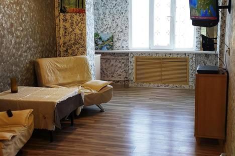 Сдается 2-комнатная квартира посуточно в Актау, 4 микрорайон ,31 дом.