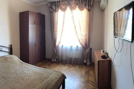 Сдается 2-комнатная квартира посуточнов Гагре, Абазгаа, 57/3.