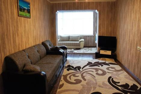 Сдается 2-комнатная квартира посуточнов Гагре, Абазгаа, 35/7.
