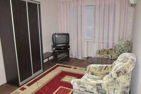 Сдается 1-комнатная квартира посуточно в Запорожье, Гагарина 6.