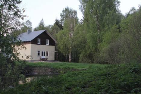 Сдается коттедж посуточнов Гатчине, Киевское шоссе 26 км.