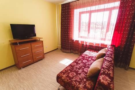 Сдается 1-комнатная квартира посуточнов Тюмени, ул.Харьковская 64.