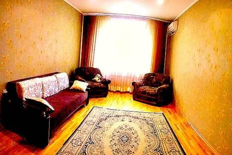 Сдается 3-комнатная квартира посуточнов Омске, масленникова 15.