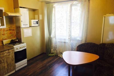 Сдается 2-комнатная квартира посуточно, куликова 85 корп 1.