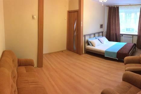 Сдается 2-комнатная квартира посуточно в Подольске, ул. Народная, 24а.