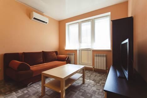 Сдается 1-комнатная квартира посуточнов Тюмени, Заводская 2.
