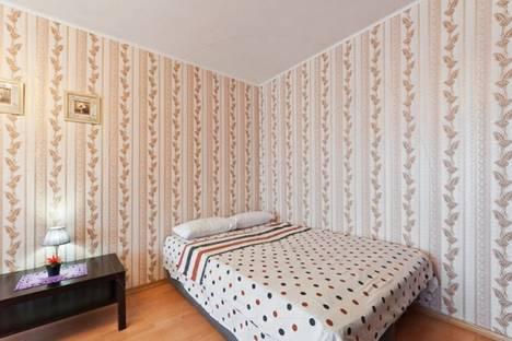 Сдается 1-комнатная квартира посуточно в Санкт-Петербурге, 2-я Жерновская улица, 23.