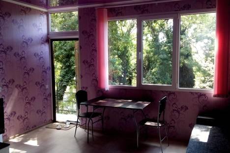 Сдается 1-комнатная квартира посуточно в Алупке, Фрунзе 22.