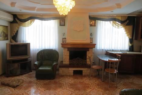 Сдается 2-комнатная квартира посуточно в Партените, Победы,10 3этаж.