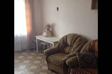 Сдается 1-комнатная квартира посуточнов Серове, Зеленая, 7.
