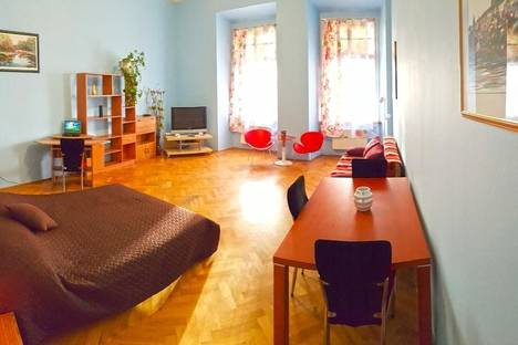 Сдается 2-комнатная квартира посуточно, Betlemske namesti, 251.