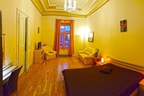 Сдается 2-комнатная квартира посуточно, Jungmannova, 742.