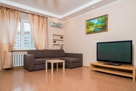 Сдается 3-комнатная квартира посуточно в Казани, Чистопольская, 66.