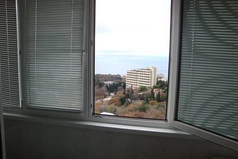 Сдается 1-комнатная квартира посуточно в Гаспре, Маратовская, 61.