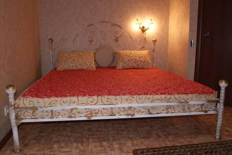 Сдается 1-комнатная квартира посуточнов Волжском Утёсе, Революционная 13а.