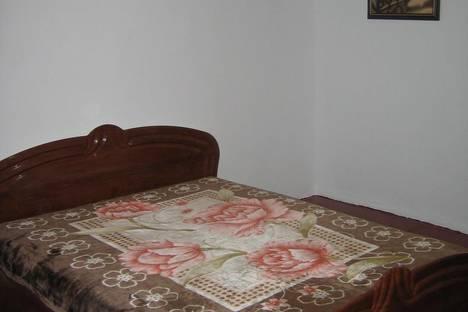Сдается 2-комнатная квартира посуточно в Ильичёвске, Ленина, 24.