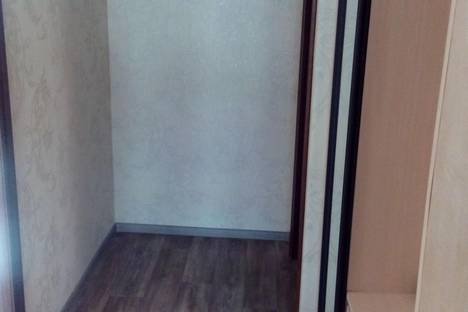 Сдается 1-комнатная квартира посуточно в Железногорске, ул. Маяковского, 4а.