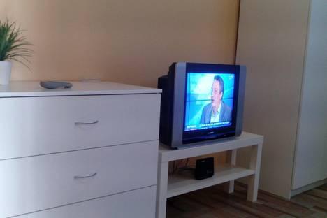 Сдается 1-комнатная квартира посуточнов Кирове, Свободы 130к2.
