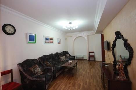 Сдается 2-комнатная квартира посуточно в Ереване, проспект Месропа Маштоца, 47А.