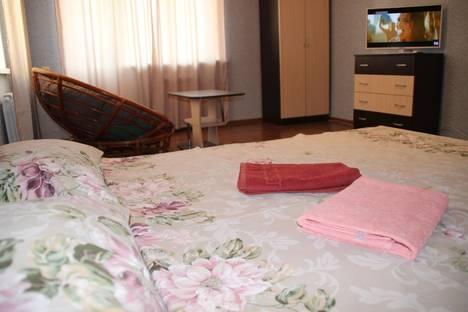 Сдается 1-комнатная квартира посуточно в Астрахани, Гоголя, 3/3.