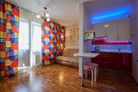 Сдается 1-комнатная квартира посуточно, ул. Бабушкина, 82к1.