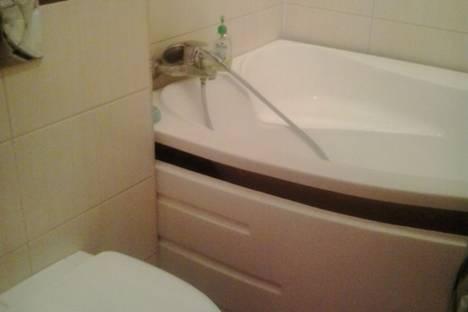 Сдается 1-комнатная квартира посуточно в Кургане, улица Пушкина, 98.
