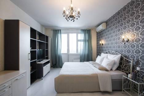 Сдается 1-комнатная квартира посуточно в Лобне, ул.Физкультурная, д.12.