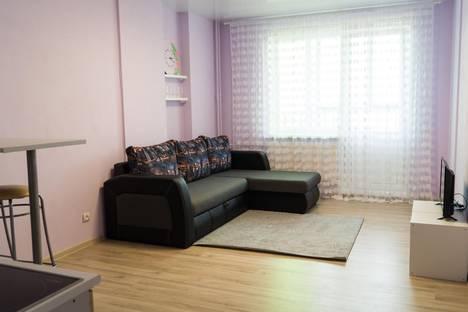 Сдается 1-комнатная квартира посуточнов Ижевске, Клубная ул., 19.