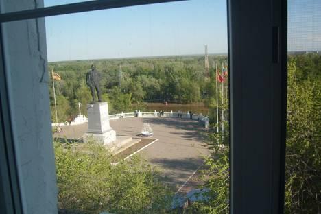 Сдается 3-комнатная квартира посуточнов Оренбурге, ул. Советская, 1.
