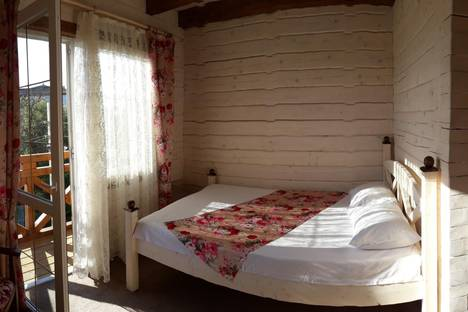 Сдается комната посуточно в Береговом, Приморская 12.