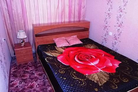 Сдается 3-комнатная квартира посуточнов Барнауле, ул. Матросова, 7А.