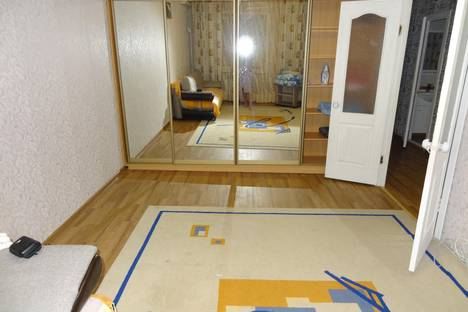 Сдается 2-комнатная квартира посуточно в Астрахани, ул. Б.Алексеева 20 к3.