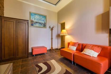 Сдается 1-комнатная квартира посуточнов Санкт-Петербурге, переулок Татарский, 1.