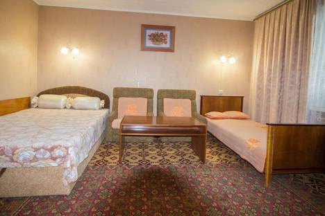 Сдается 1-комнатная квартира посуточно в Алуште, ул Судакская 22.