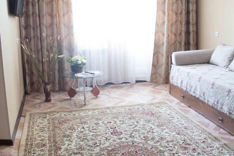 Сдается 2-комнатная квартира посуточно в Уральске, Мухита 95.