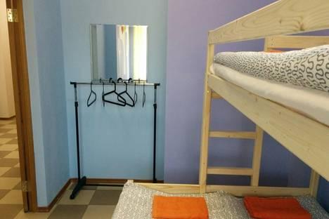 Сдается 4-комнатная квартира посуточно в Тольятти, бульвар Ленина, 21, подъезд 2, 1 этаж.