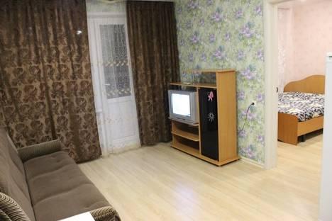 Сдается 2-комнатная квартира посуточно в Кирове, ул. Московская, 121/1.