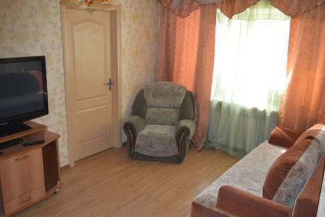 Сдается 2-комнатная квартира посуточно в Кургане, мяготина 98.