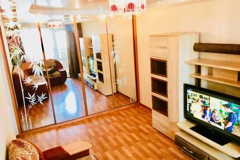 Сдается 1-комнатная квартира посуточнов Хабаровске, Ленинградская, 2.
