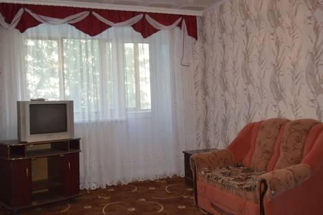 Сдается 1-комнатная квартира посуточно в Кургане, томина 31.