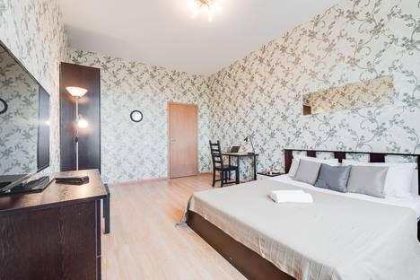 Сдается 1-комнатная квартира посуточно, Дунайский проспект, 7 к 3.