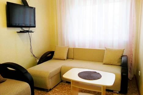 Сдается 1-комнатная квартира посуточно в Тобольске, 15 микрорайон, д.23.