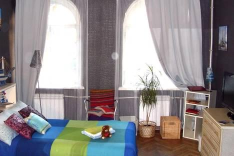Сдается 3-комнатная квартира посуточнов Пушкине, Красного Курсанта, д.5.
