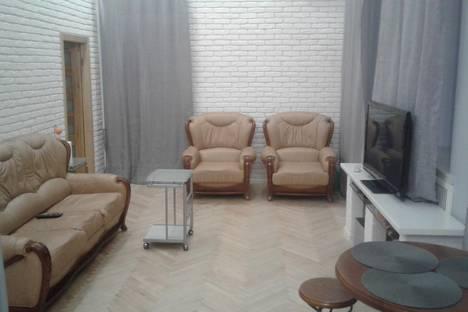 Сдается 2-комнатная квартира посуточнов Киеве, Михайловская ул., 24В.