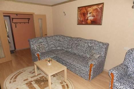 Сдается 1-комнатная квартира посуточно в Азове, переулок Степана Разина,  9а/1.