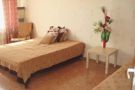 Сдается 1-комнатная квартира посуточно в Петрозаводске, проспект Ленина, 28а.