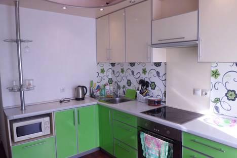 Сдается 1-комнатная квартира посуточнов Омске, Бульвар архитекторов 4.